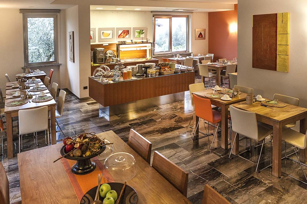 Large and abundant buffet breakfast at the Meridiana hotel, and don't forget the cakes