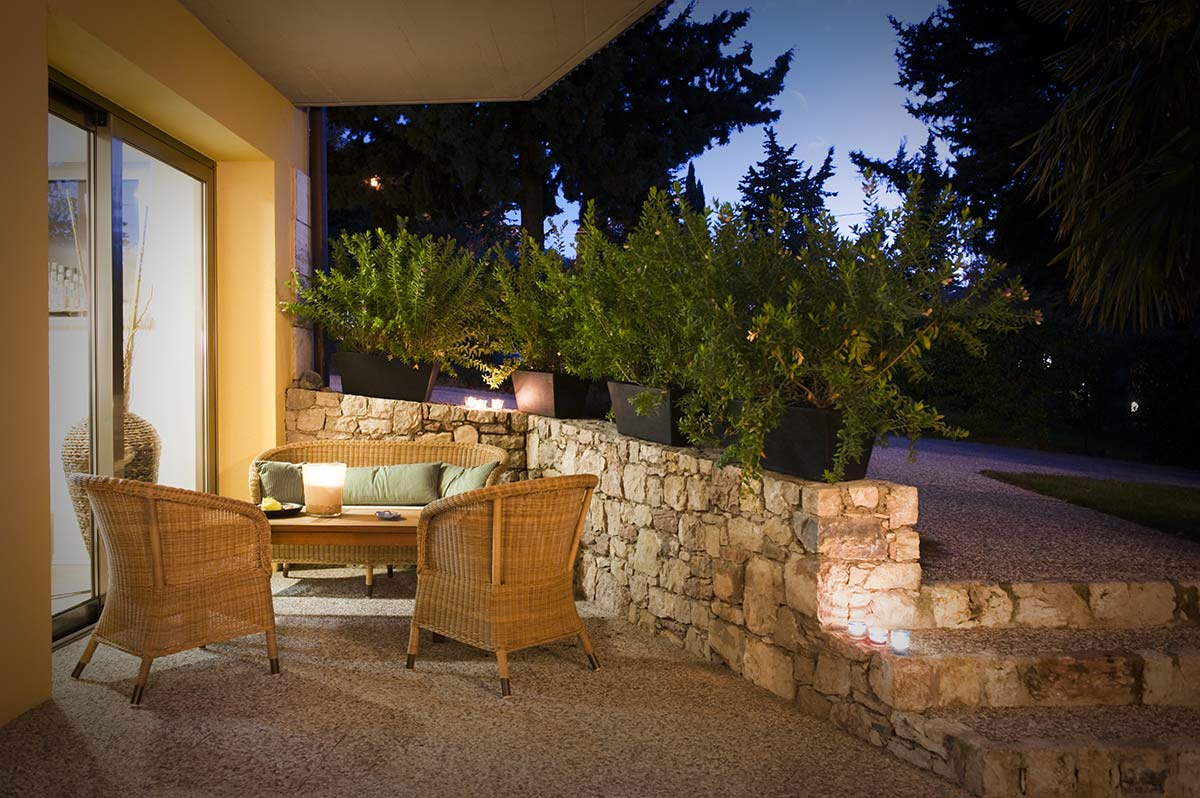 hotel Meridiana terrace and garden in the olive trees